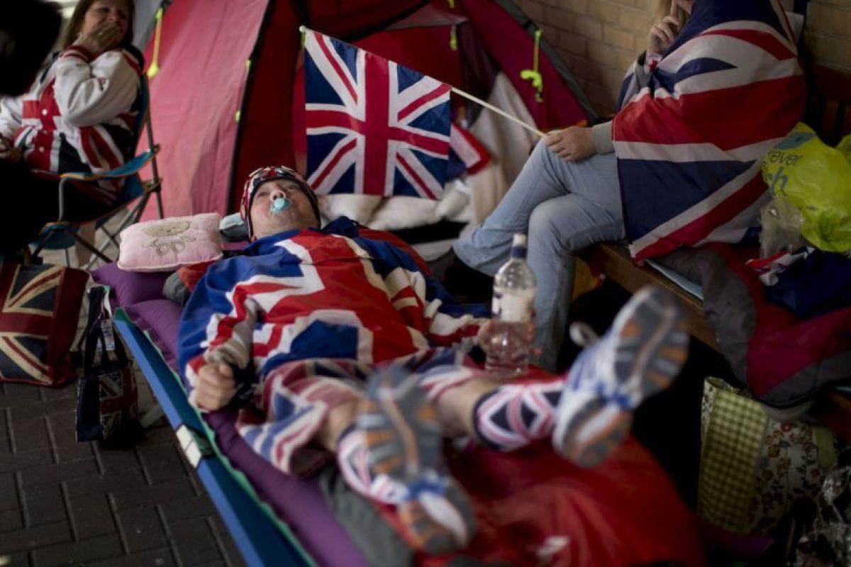 12. Los duques incluso les hacían llegar refrigerios, como café y donas. Foto:AP. Imagen Por: