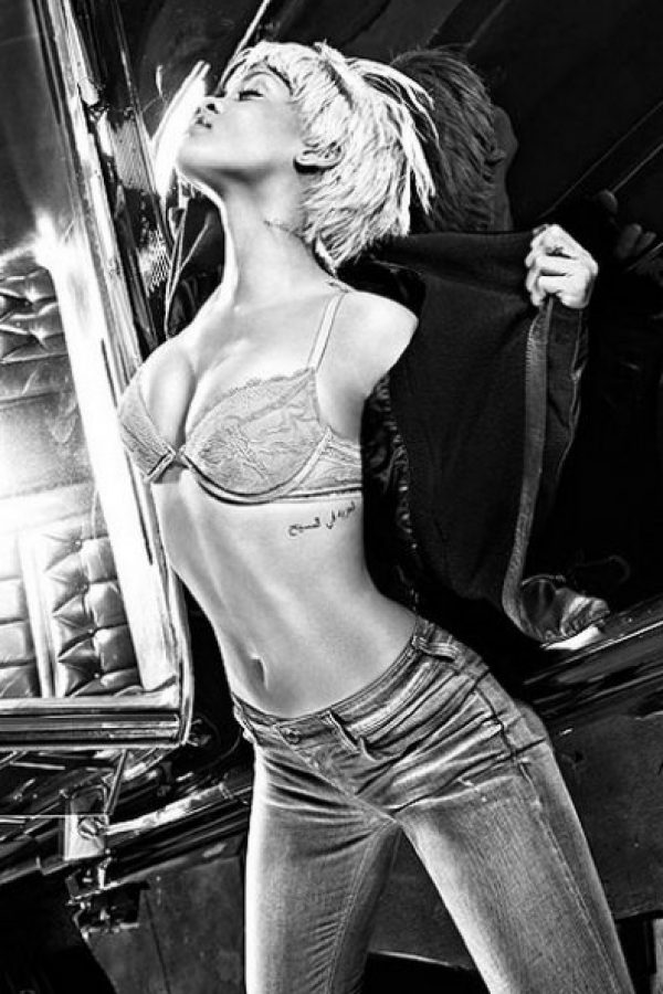 . Imagen Por: Armani Jeans