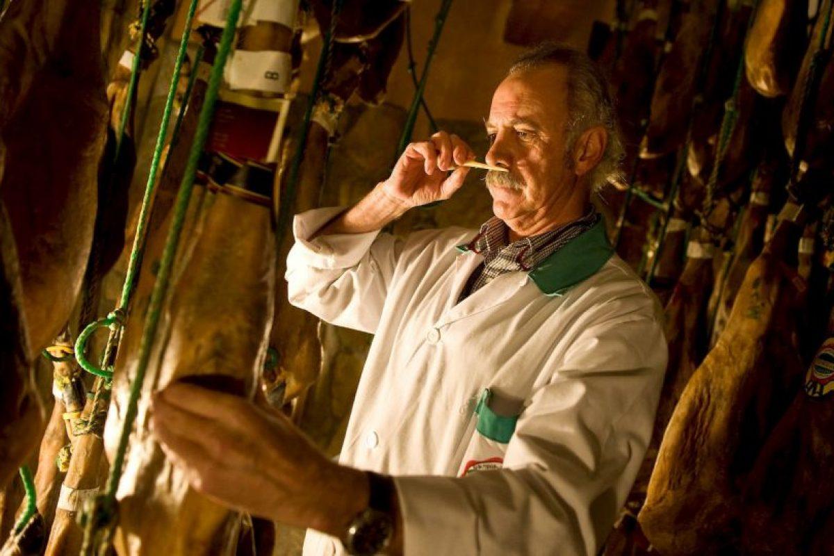 5. El hombre puede identificar a través de su olfato cuando un queso está cerca de madurar. Foto:Getty Images. Imagen Por: