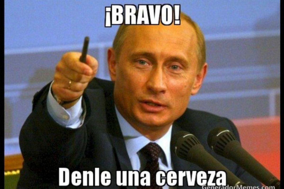 Vladimir Putin, presidente de Rusia Foto:Generadordememes.com. Imagen Por: