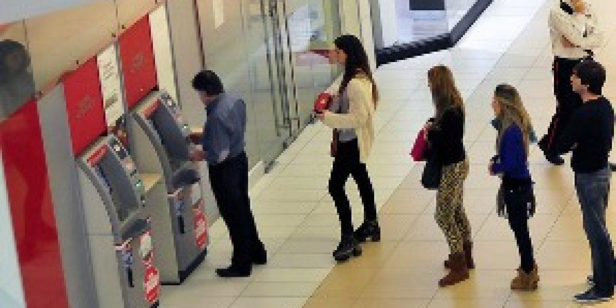 Bancos podrán abrir el fin de semana en caso de huelgas