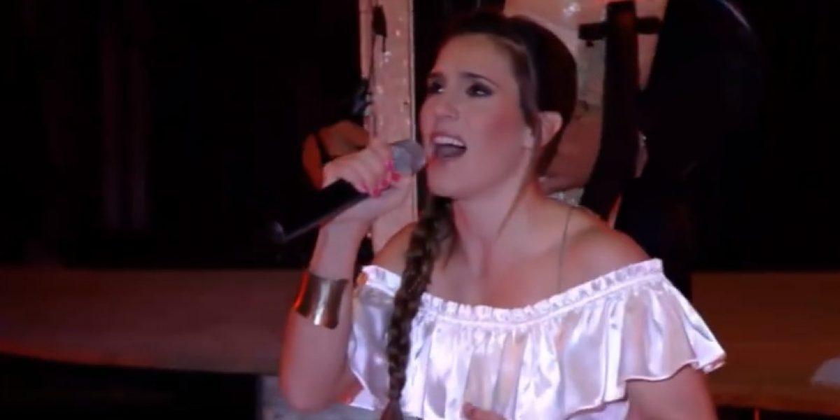Cantante argentina Soledad y su equipo sufren accidente de tránsito