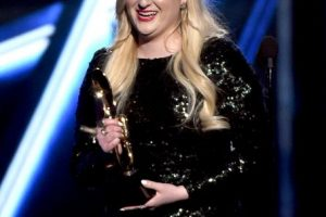 """Meghan Trainor, """"All About That Bass"""" Foto:Getty Images. Imagen Por:"""