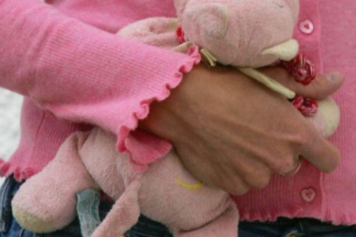 2. Dicha organización detalla que la violencia sexual contra niños incluye el acoso, pornografía, prostitución, y violación. Foto:Getty Images. Imagen Por: