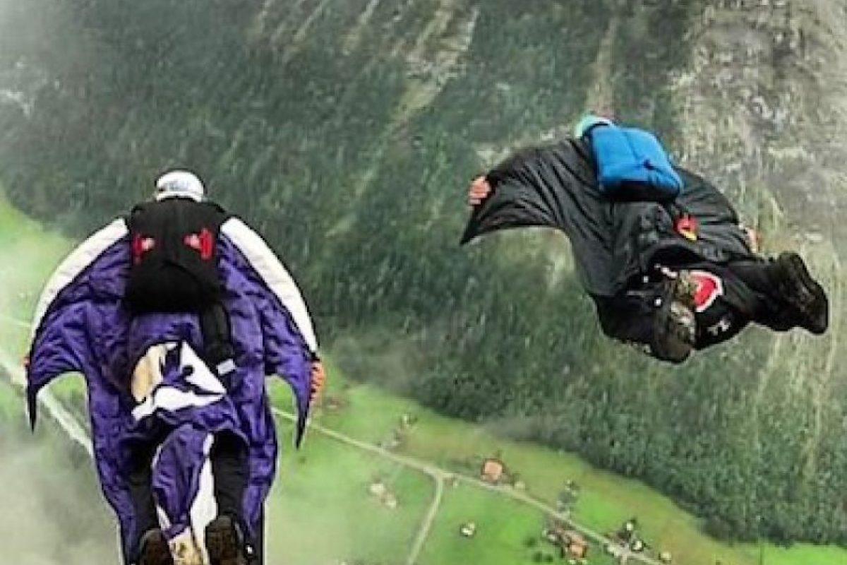 Potter y Graham realizando el salto base Foto:Instagram.com/DeanPotter. Imagen Por: