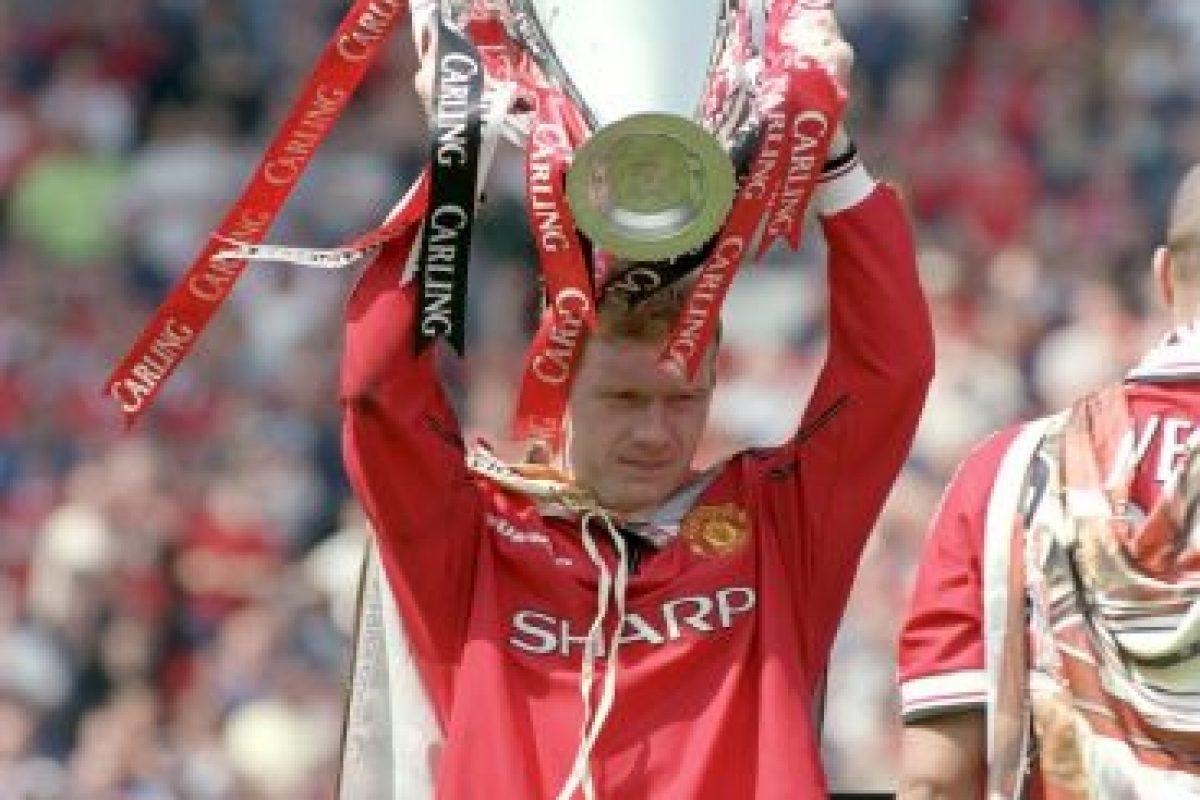"""Canterano del Manchester United, Scholes pasó toda su carrera con los """"Red Devils"""" y ganó 29 trofeos con ellos, principalmente 11 Premier League y 2 Champions League. Foto:Getty Images. Imagen Por:"""
