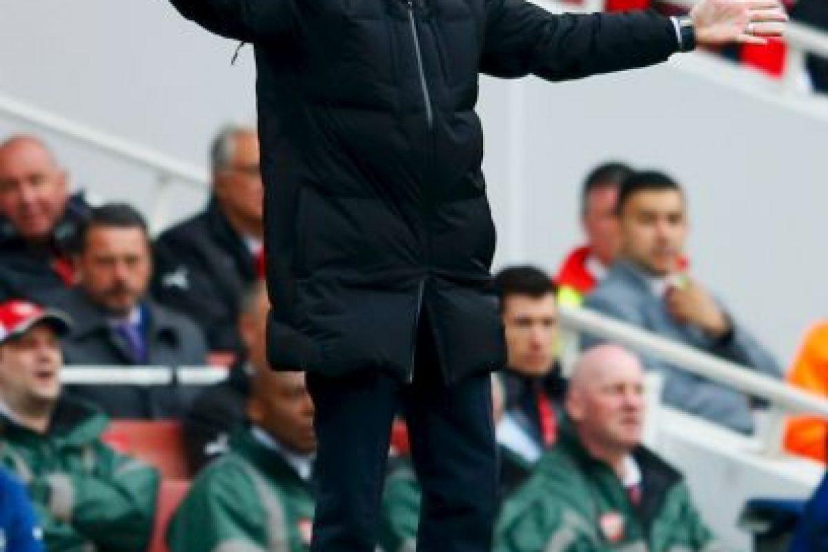 Ese mismo año volvió al Chelsea, equipo que había dirigido de 2004 a 2007. Foto:Getty Images. Imagen Por: