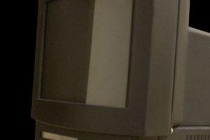 Apple ya había intentando entrar al mundo de la televisión. Macintosh TV fue el primer intento por unir una PC y un televisor. El resultado fue fatal Foto:Wikicommons. Imagen Por: