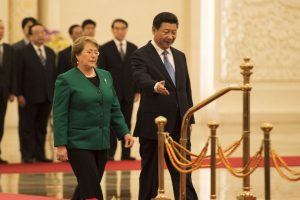 China – entre 7.75 y 10.10 dólares por hora. Es un sistema más complejo que el resto del mundo, de acuerdo a Qz.com Foto:Getty Images. Imagen Por: