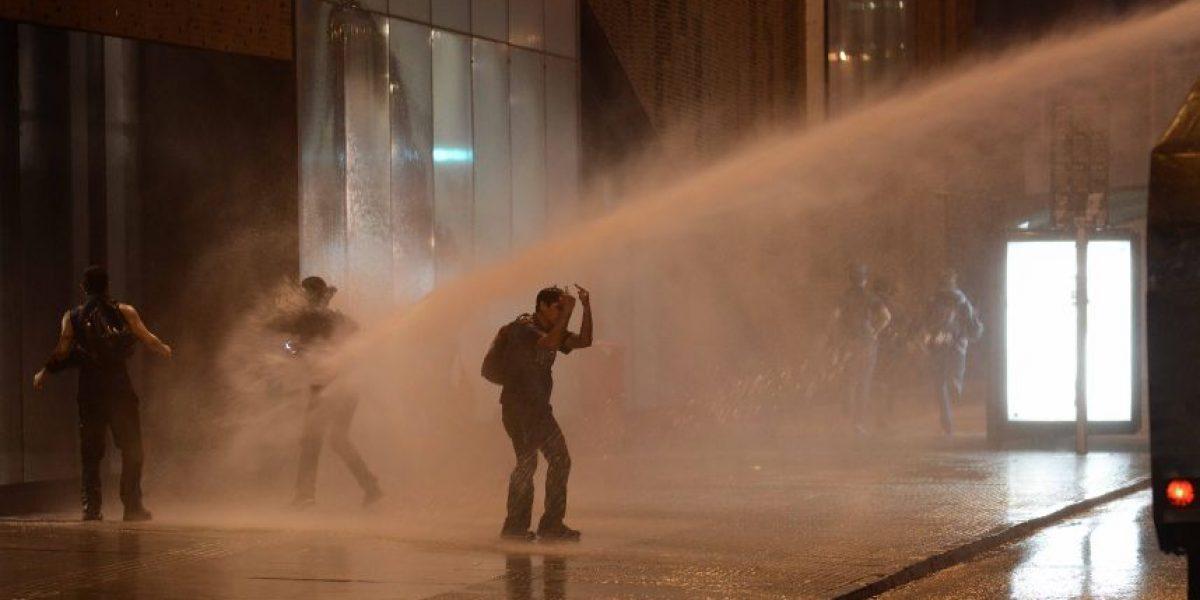Fotos: marcha estudiantil no autorizada terminó con incidentes