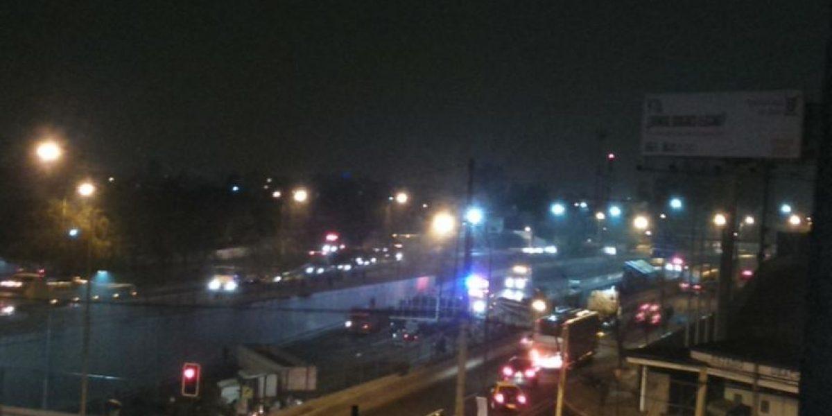 Colisión múltiple en Autopista Central deja al menos cinco heridos