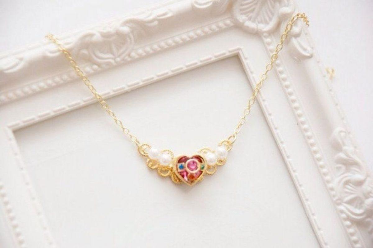 Este pequeño dije para ir de fiesta. Foto:vía Sailor Moon Collectibles. Imagen Por: