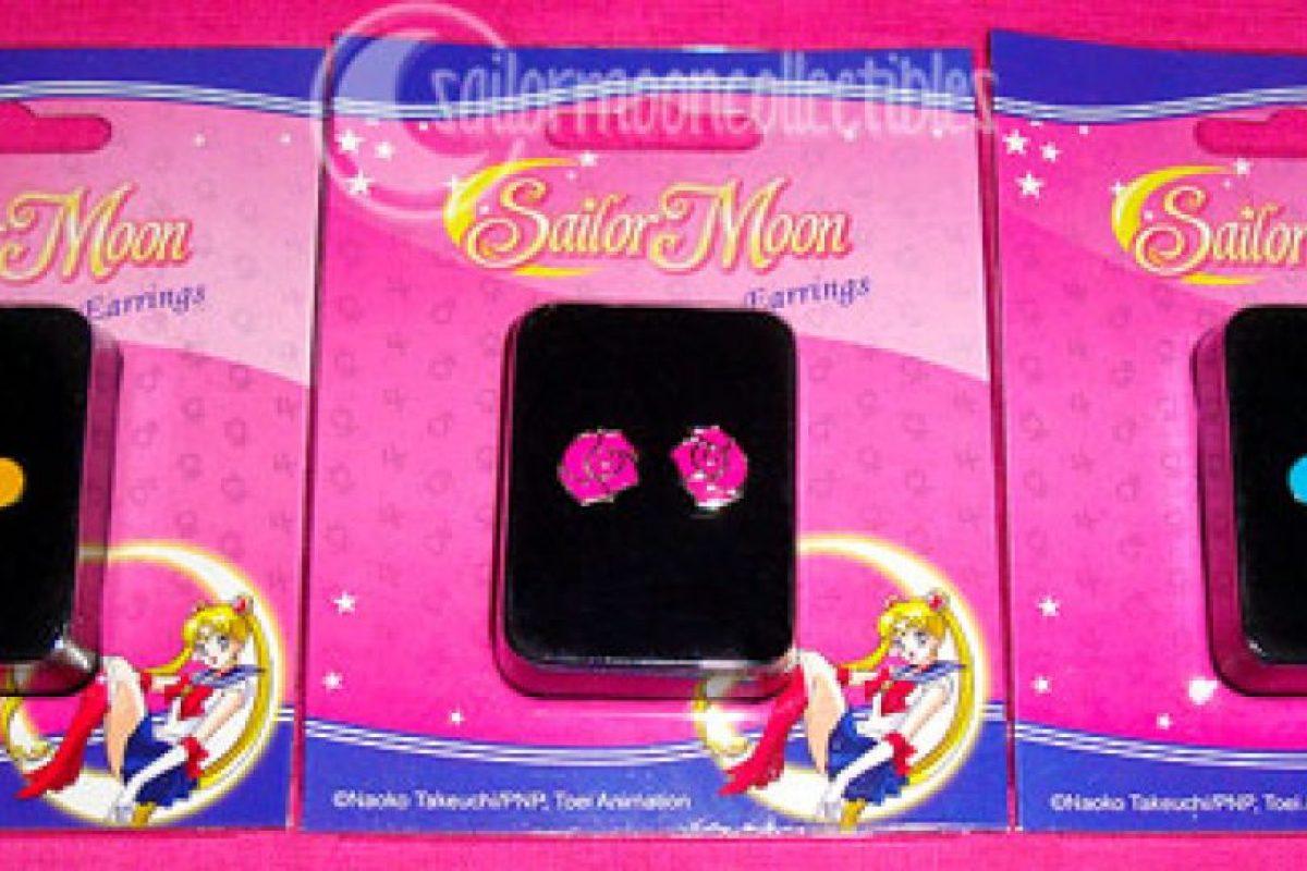 O estos pendientes. Foto:vía Sailor Moon Collectibles. Imagen Por: