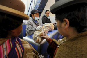 Hasta el momento solo para cubrir la demanda de las ciudades de La Paz y El Alto Foto:AFP. Imagen Por: