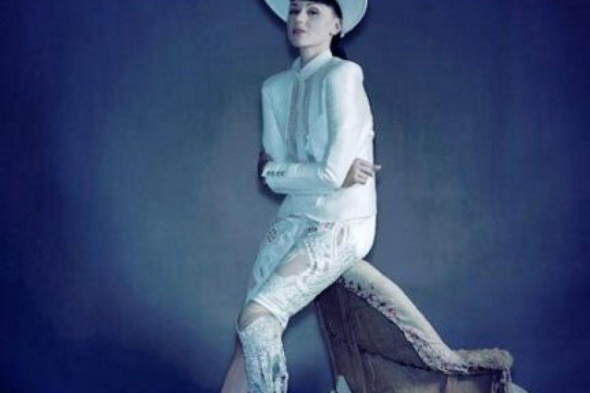 También es modelo. Foto:vía Facebook/Viktoria Modesta. Imagen Por: