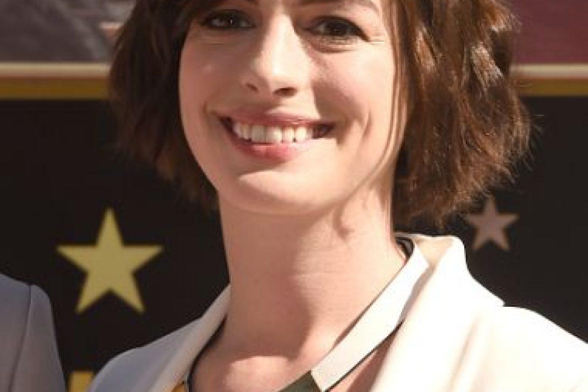 Ya la odian por parecer falsa. La sonrisa no la ayuda. Foto:vía Getty Images. Imagen Por: