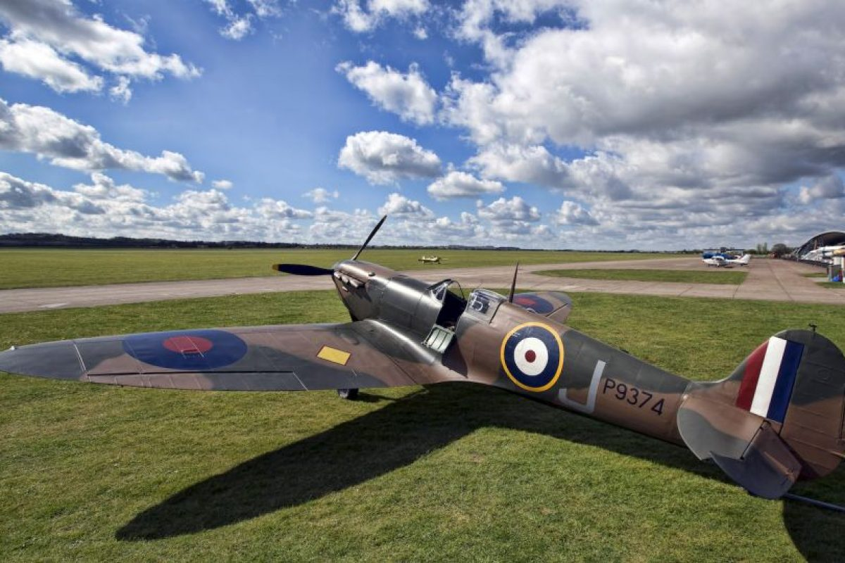 Piloto veterana de la Segunda Guerra Mundial volvió a volar a sus 92 años. Foto:Getty Images. Imagen Por: