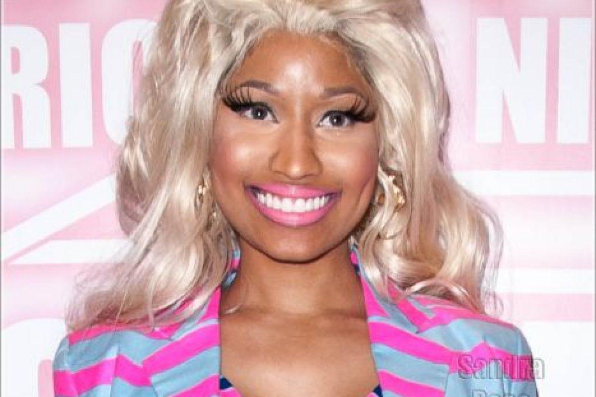 Una sonrisa más fingida… ¿para dónde? Foto:vía Getty Images. Imagen Por: