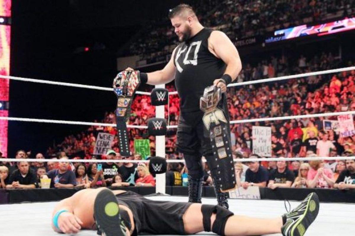 Aunque en sus primeras apariciones en WWE era técnico, cambió al bando rudo Foto:WWE. Imagen Por: