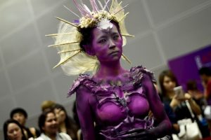 Desfile de modas en Malasia. Foto:AFP. Imagen Por: