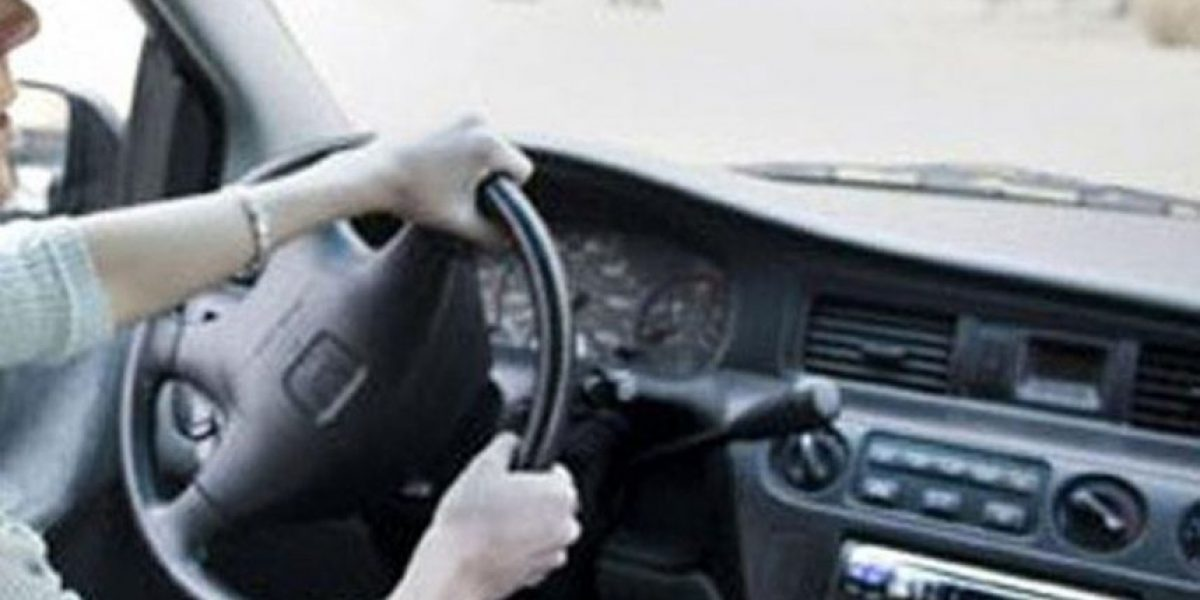 Hombre muere atropellado por su esposa cuando le indicaba cómo estacionar
