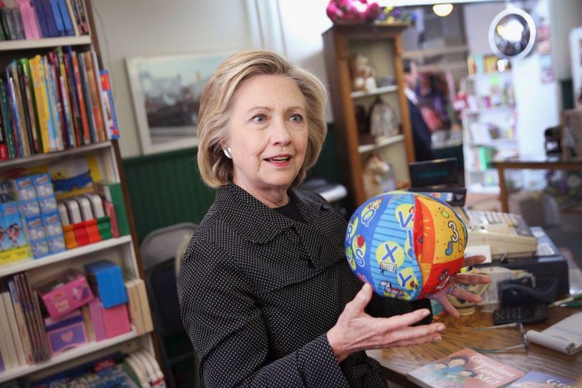 Durante una parada en Iowa, la candidata pidió que se hicieran públicos lo más pronto posible. Foto:Getty Images. Imagen Por:
