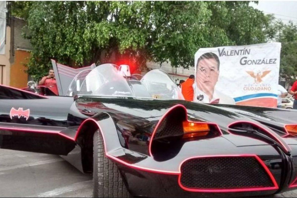 Su nombre es Valentín González Bautista y quiere ser alcalde del municipio de Nezahualcóyotl, en el Estado de México, en el mismo país. Foto:Facebook.com/valentinenmovimiento. Imagen Por: