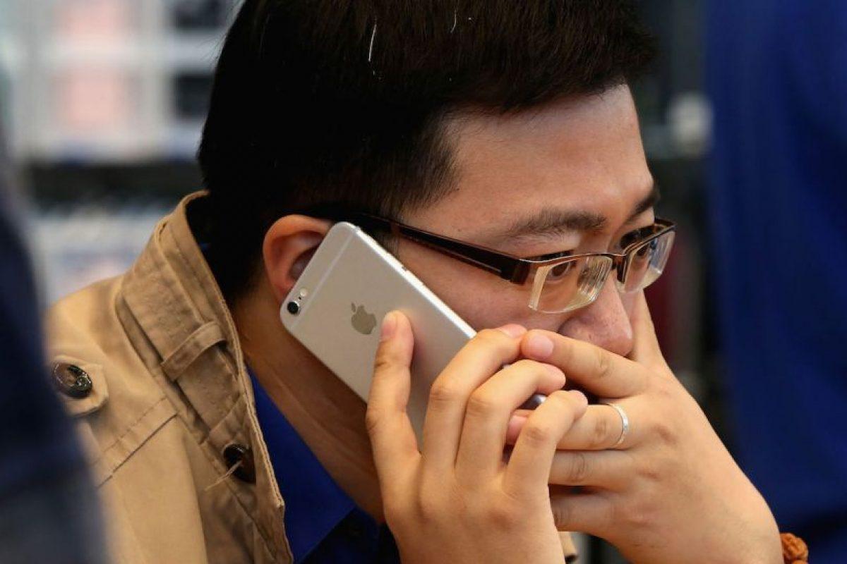 iPhone 5c salvó a un hombre de la muerte tras soportar un impacto de bala Foto:Getty Images. Imagen Por: