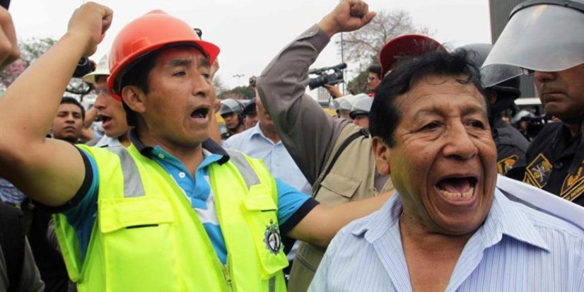 Perú declara estado de emergencia en zona de protesta antiminera