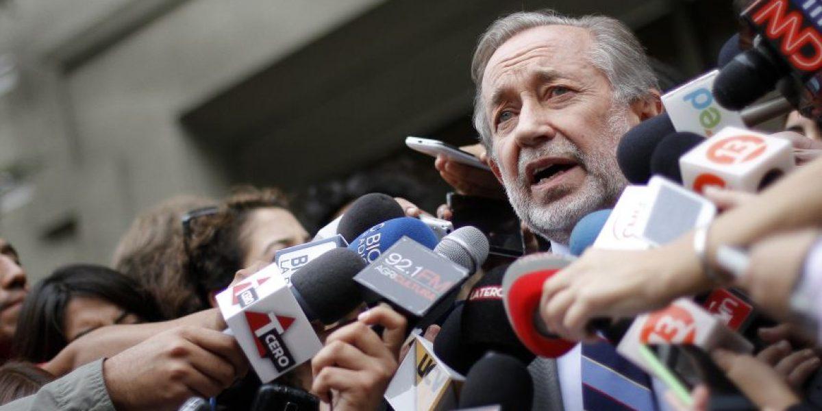 Denuncian una persecución política contra Jovino Novoa