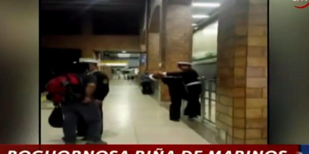 Impacto tras riña protagonizada por marinos en el Metro