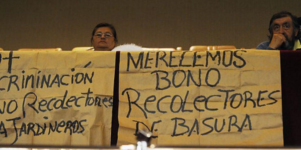 Trabajadores de aseo municipal amenazan con huelga
