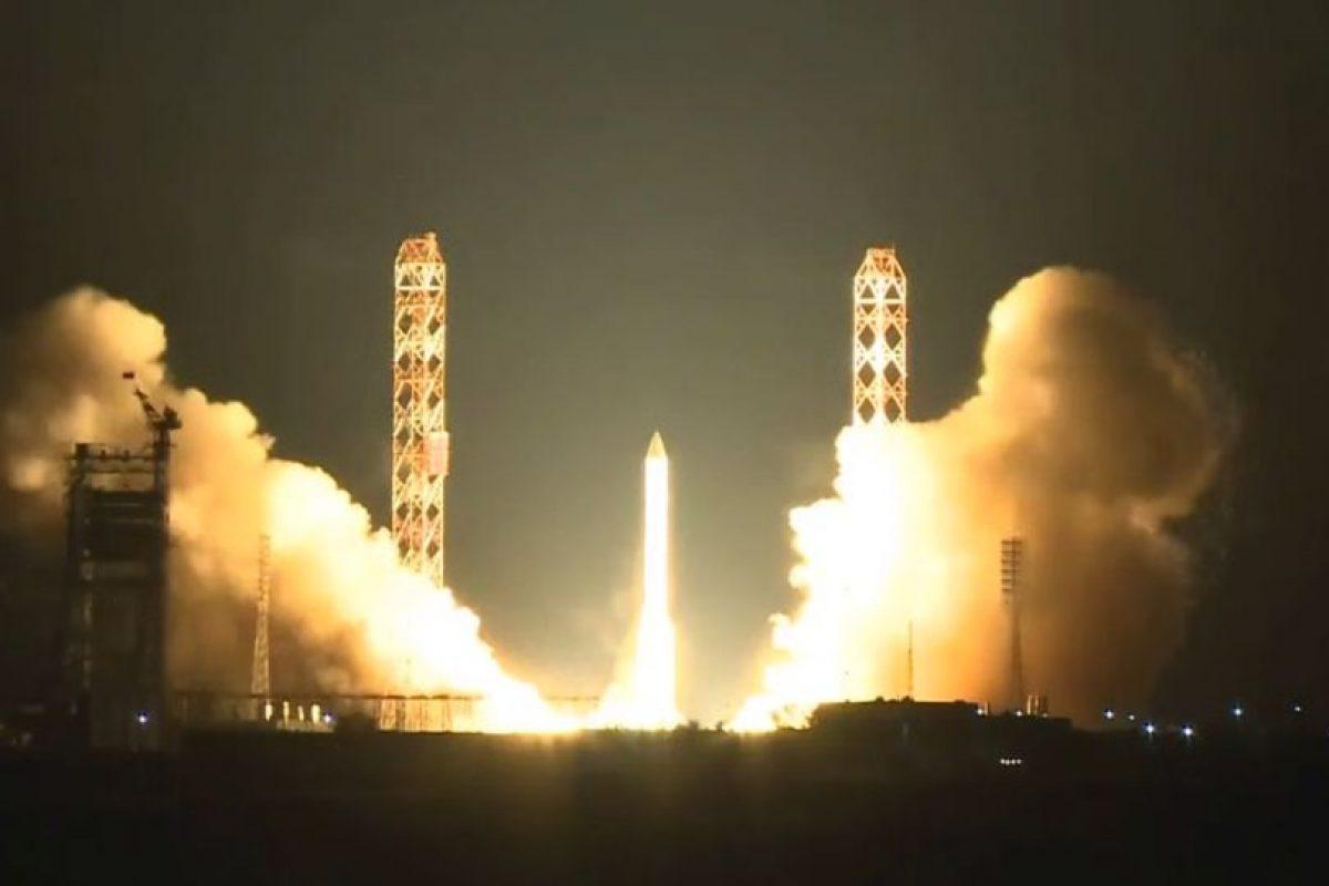 Nuevamente el cohete Protón-M se desintegró en la atmósfera en un segundo intento Foto:YouTube / SpaceVids.tv. Imagen Por: