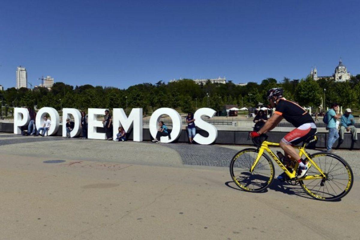"""De acuerdo con Pablo Iglesias, líder de """"Podemos"""", esta elección representa """"el final del bipartidismo"""", además adelantó el triunfo de su partido en las elecciones generales Foto:AFP. Imagen Por:"""