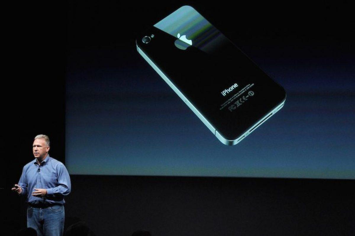 El nuevo sistema operativo de Apple está optimizado para pantallas de gran tamaño, como las 5.5 pulgadas del iPhone 6 Plus, las 4.7 del iPhone 6 y hasta las 4 pulgadas del iPhone 5; pero el iPhone 4s apenas llega a las 3.5 pulgadas en diagonal y los gráficos comenzarían a verse extremadamente ajustados. Foto:Getty Images. Imagen Por: