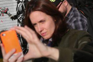 Este caso de la mujer que se disparó a sí misma intentando tomarse un selfie se suma a otras tragedias provocadas por una foto Foto:Getty Images. Imagen Por: