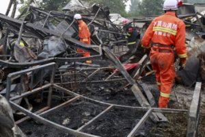 La operación de búsqueda y rescate continúan. Foto:AP. Imagen Por: