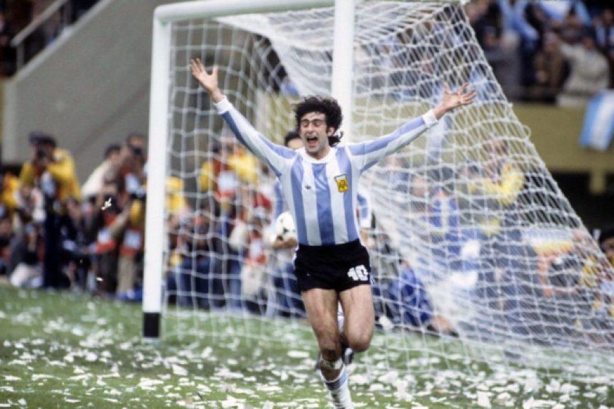 """En 1978 fue campeón del mundo con Argentina, pero nunca pudo ganar la Copa América. Participó en la edición de 1975 en la que la """"Albiceleste"""" fue eliminada en la primera ronda. Foto:Getty Images. Imagen Por:"""
