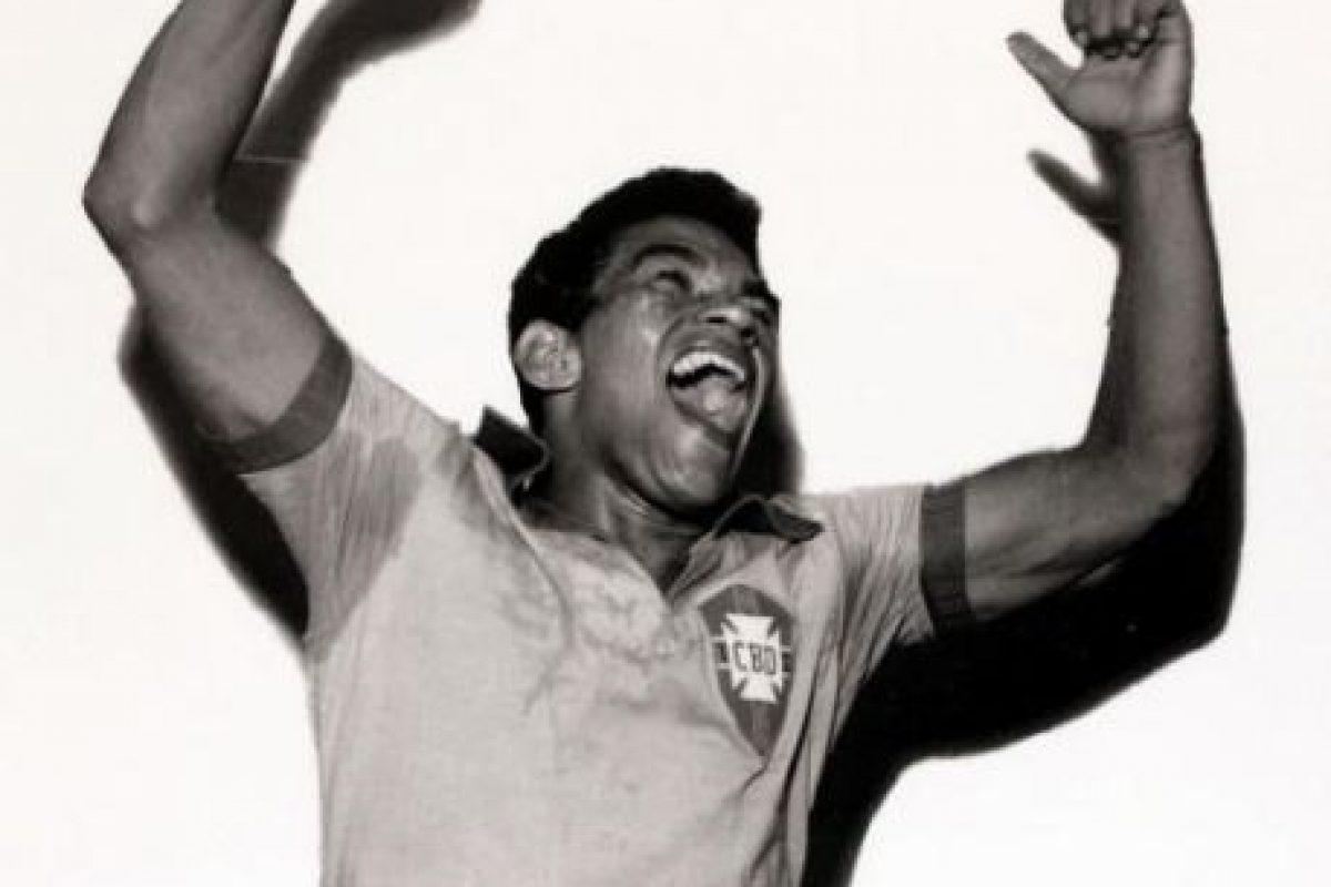 El crack brasileño, compañero de Pelé, jugó las ediciones de 1957 y 1959 y en ambas se tuvo que conformar con ser segundo lugar, aunque entre ambos torneos, él y Brasil ganaron el Mundial de 1958. Foto:Getty Images. Imagen Por: