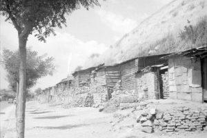Vista de calle Recoleta y Cerro Blanco hacia el sur de Santiago en 1955. Foto:Fotos Históricas de Chile. Imagen Por: