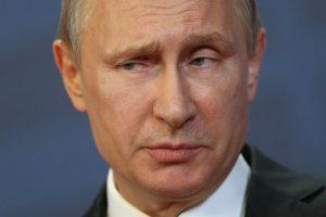 """Según el portal """"Emol"""", el presidente de Rusia, gastó """"casi 100 millones de dólares para poner a su disposición 15 helicópteros, 43 aviones y una aeronave Ilyushin Il-96 con una cabina valorada en 18 millones"""". Foto:Getty Images. Imagen Por:"""