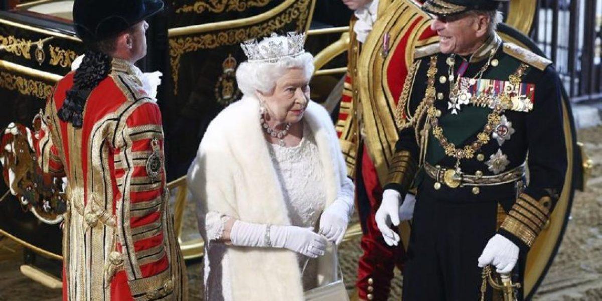 La reina Isabel II anuncia el referéndum sobre la salida del Reino Unido de la UE