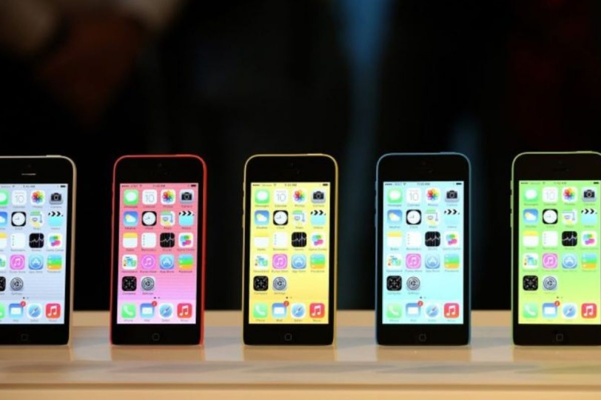 iPhone 5c (2013) Foto: Getty Images. Imagen Por: