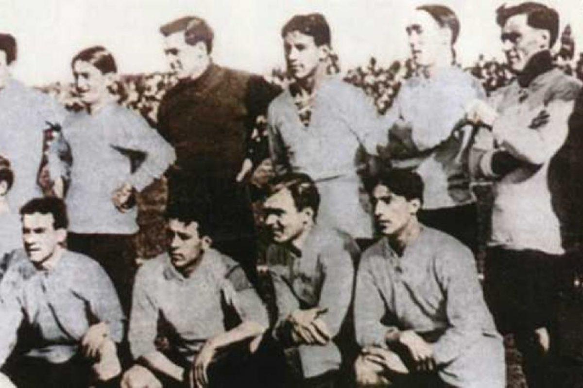 Al año siguiente (1917), Uruguay recibió el torneo y repitió su título ganado en Argentina en 1916. Foto:Wikimedia. Imagen Por: