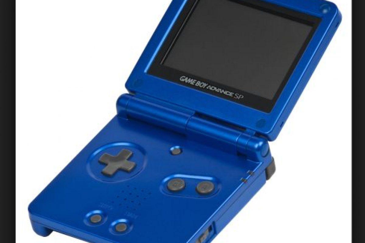 La Game Boy Advance SP básicamente es un rediseño de la Game Boy Advance, ya que su rendimiento es idéntico, al igual que su compatibilidad Foto:Nintendo. Imagen Por:
