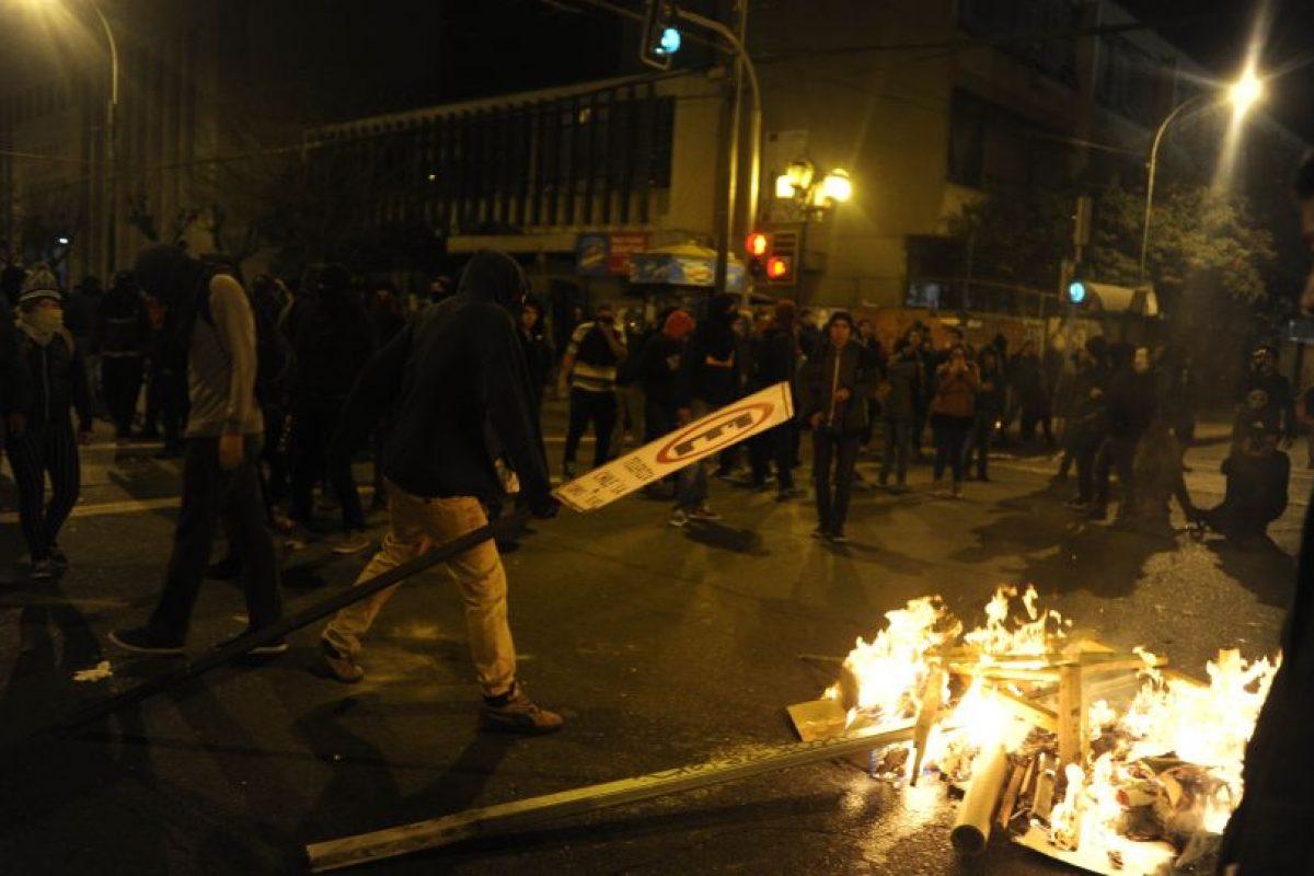 Desórdenes en Valparaíso Foto:Agencia Uno. Imagen Por: