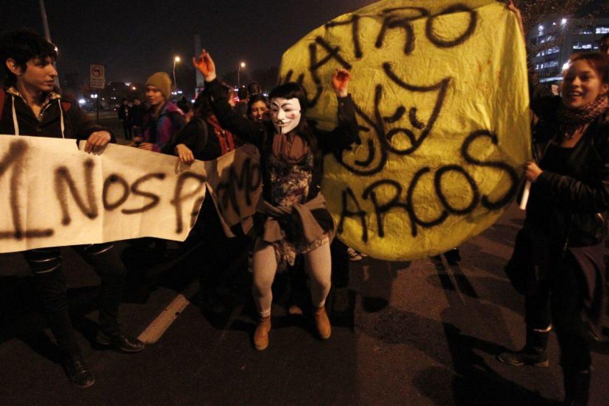 Miles de personas marcharon por la Alameda en la capital Foto:ATON Chile. Imagen Por: