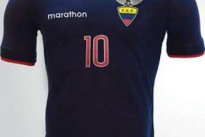 El azul dominará el kit de visitante. Foto:Marathon. Imagen Por: