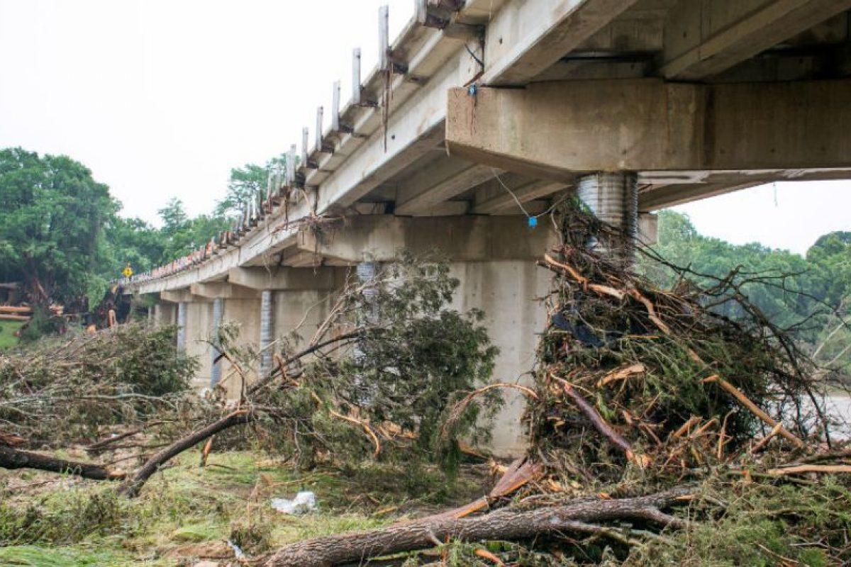 Las fuertes tormentas e inundaciones en Texas y Oklahoma esta semana han dejado al menos 25 muertos y más de una docena de desaparecidos. Foto:Getty Images. Imagen Por: