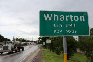 El gobernador de Texas, Greg Abbott, este viernes declaró en estado de desastre a otros 24 condados, aumentando a un total de 70. Foto:Getty Images. Imagen Por: